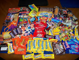 wholesale candy a selection of wholesale candy bars with big names like