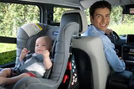 voiture 3 sièges bébé quel siège auto bébé choisir mon siège auto bébé