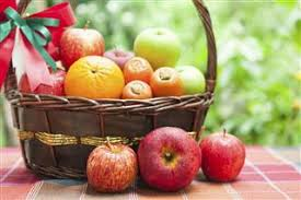 how to make a fruit basket how to design fruit baskets