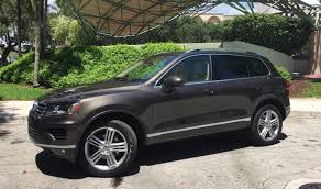 volkswagen jeep touareg save some love for the vw touareg executive behind the wheel