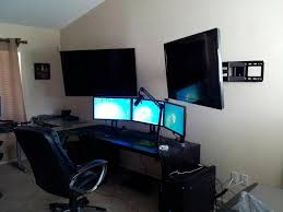 Sick Dorm Room Media Center Setup And Workstation New by Nice Workstation Set Up Multi Display With Different Size