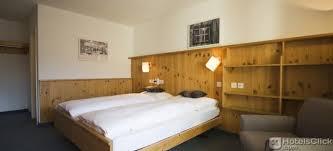 schlafzimmer davos spengler hostel davos bücher mit hotelsclick