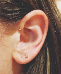23 delicate and oh so pretty ear piercing ideas page 2
