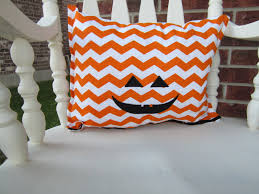 halloween pillows no sew halloween pillows u2026 crazy easy