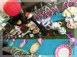 Mad Hatter Tea Party Centerpieces by Alice In Wonderland Birthday Themed Party Mad Hatter Tea Party