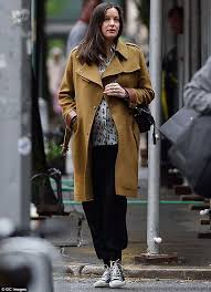 maternity clothes black friday liv tyler recycles her favourite maternity wear for a stroll in