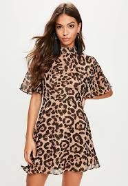 print dress going mad choosing the leopard print dress thefashiontamer