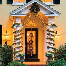 Outdoor Garland With Lights by Our Best Ever Holiday Decorating Ideas Columns Garlands And