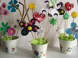 Fleurs Pour Fete Des Meres Pots De Fleurs Et Papillons Bricobébé Fêtes Pères Mères