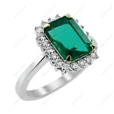 emerald rings uk emerald engagement rings a hot new trend diamond information