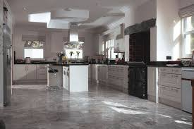 Travertine Kitchen Floor by Amazing Travertine Kitchen Floor Cleaning Travertine Kitchen