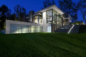modern summit house in beverly hills night view home design and
