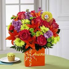 30th birthday flowers and balloons birthday flowers gift baskets balloons candy kremp