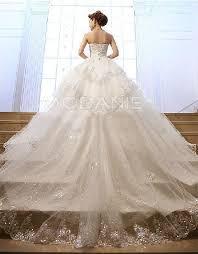 robe de mari e de princesse de luxe robe de mariée sur mesure princesse luxe bustier paillette