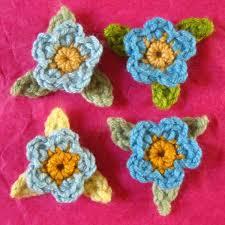 Tiny Flower Crochet Pattern - attic24 may rose wreath ta dah