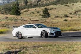 zl1 camaro tires sorry stang the camaro zl1 1le is the king of modern