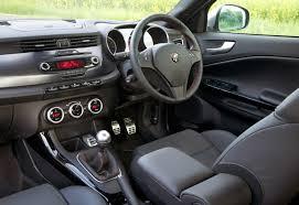 alfa romeo giulia interior alfa romeo giulietta hatchback review 2010 parkers