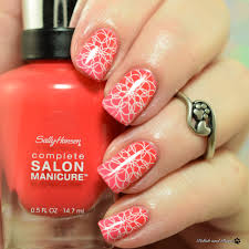 sally hansen color of the moment july 2017 get juiced and kook a