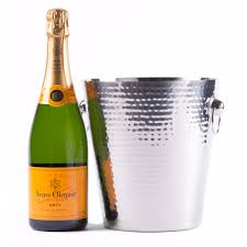 wine set gifts veuve clicquot chagne gift wine