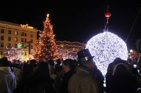 eve drop christmas lights cheyenne s midnight ball drop highlights new year s eve travel babel