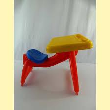 bureau plastique enfant bureau plastique enfant 28 images bureau table 224 dessin 2 en