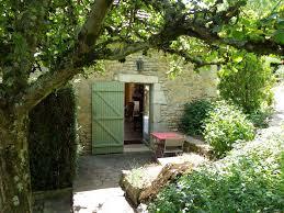 chateauneuf en auxois chambre d hotes chambres d hôtes le cottage du château chambres chaudenay le