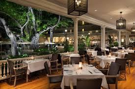 restaurants in waikiki moana surfrider hotel