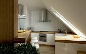 kleine küche einrichten tipps kleine küche dachschräge haus design ideen