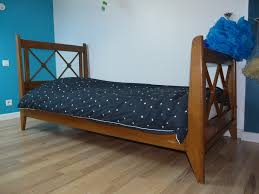 chambre enfant bois massif lit croisillon enfant vintage annees 50 pieds compas bois massif