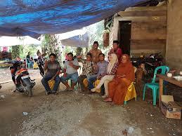 memanfaatkan waktu luang berkunjung ke desa salubiro kecamatan