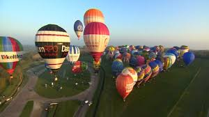 balloons that float 85 hot air balloons float from to