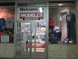 Modells Cops Light Footed Thief Didn U0027t Pay For Shoes At Modell U0027s Silive Com