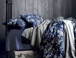 Blue Pintuck Comforter Duvet White Comforter Bedroom Awesome White And Navy Bedding