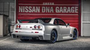 Nissan Gtr Lm Nismo 2016 - meeting a unicorn nissan gt r skyline r33 lm top gear