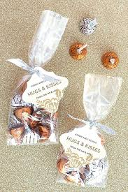 easy wedding favors easy wedding favor ideas easy to make wedding favors further best