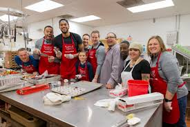 gallery towns gives back on thanksgiving minnesota timberwolves