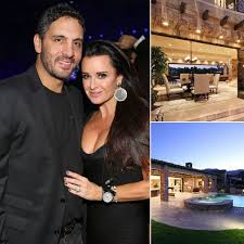 the real housewives home you haven u0027t seen on tv kyle richards
