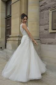 pictures of wedding dress here s an exclusive sneak peek at suits zane s