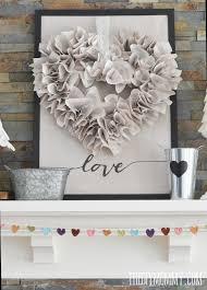 Valentine s Day Mantel Decorations and Ideas landeelu