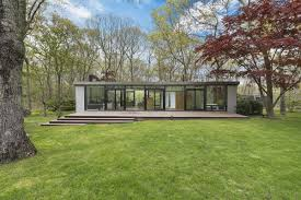 1000 Square Foot Home by Amagansett Modernist Home From 1960 Is Just 1 000 Square Feet