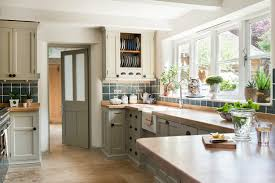 is it better to paint or spray kitchen cabinets best paint for kitchen cabinets 8 paints for cupboard doors