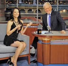 David Letterman Desk Lucy Liu The Late Show With David Letterman 08 Gotceleb