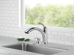 delta 16926 sd dst lewiston single handle pull out kitchen faucet delta 16926 sd dst lewiston single handle pull out kitchen faucet with soap dispenser chrome touch on kitchen sink faucets amazon com