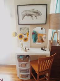 Diy Vanity Table Threadbare How To Cheap And Easy Vanity Table Diy