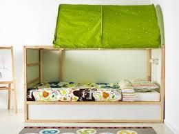 chambre ikea enfant chambre d enfant lit réversible kura par ikea