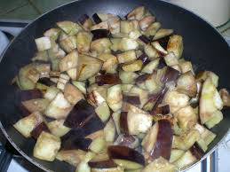 cuisiner aubergine a la poele poelée d aubergines et poivrons le de pastissadeceline