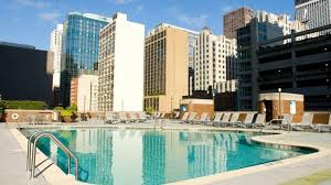 doubletree chicago downtown magnificent mile hotel