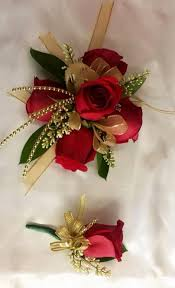 Red Prom Corsage 3 Rose Red Ivory Gold Corsage By Bridalcreationsbyjulie Via