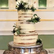 wedding cake greenery semi wedding cakes lou cakes