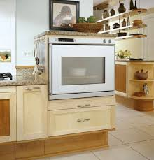 Universal Design Kitchen Cabinets The Oven Is Lower Than A Standard Wall Oven And Opens From The